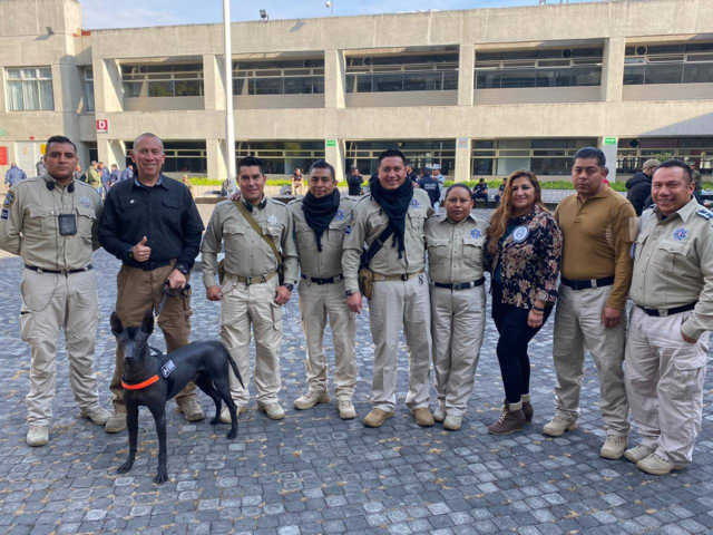 La SSC participa en el primer seminario de unidades caninas en la Ciudad De México