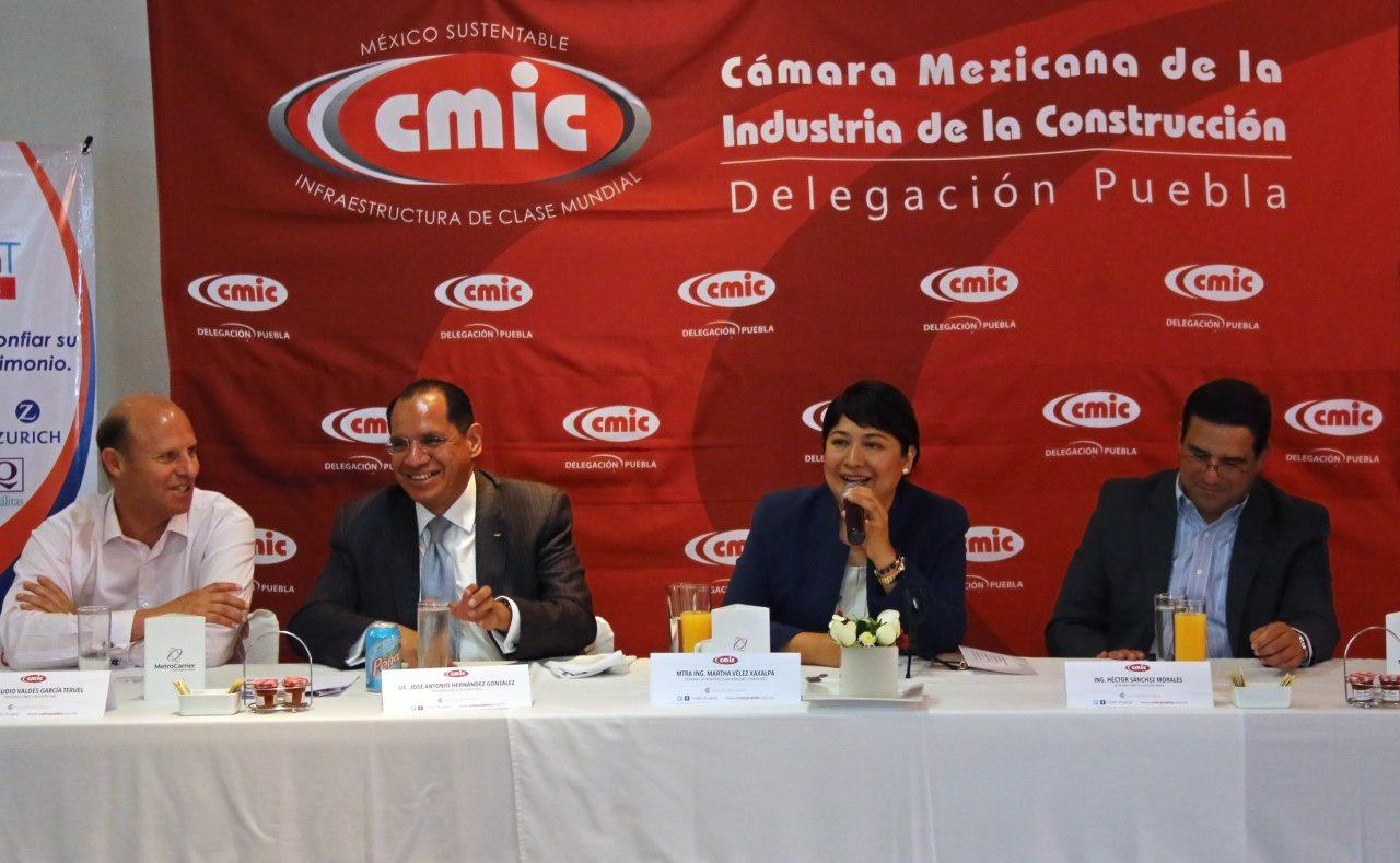 Construirá CMIC viviendas temporales para damnificados