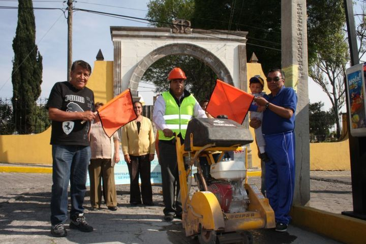 Atiende Totolac añeja demanda, introduciendo y mejorando drenaje sanitario en Ocotelulco