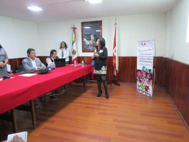 Capacita COESPO a personal del Municipio de Tlaltelulco