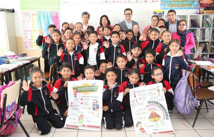 Inician SEPE y SESA campaña preventiva en escuelas por temporada de calor y caída de ceniza