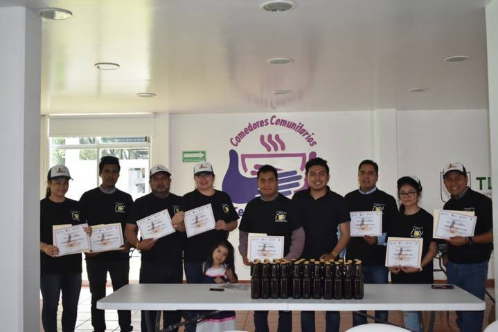 El DIF municipal clausuro curso de cerveza artesanal