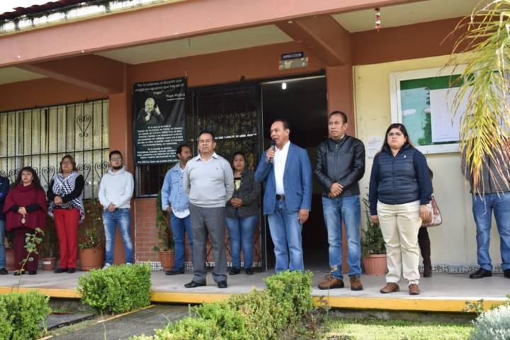 3,000 alumnos de Zacatelco serán beneficiados con nuevas techumbres