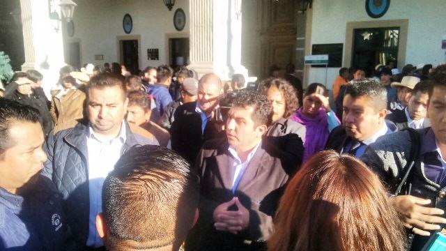 """Ex alcalde de Calpulalpan """"se fue con bolsas llenas y deja sin pago a empleados"""""""