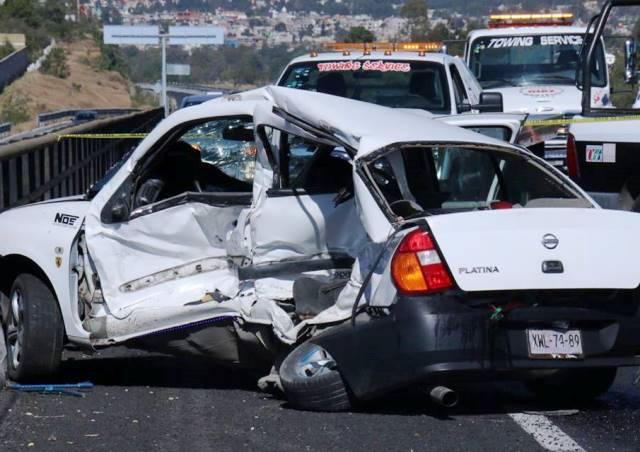 Un muerto y daños materiales deja accidente vial en periférico