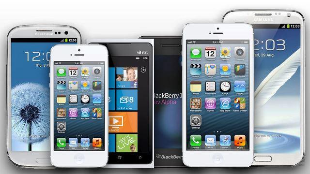 Tlaxcaltecas son vigilados a detalle con sus teléfonos celulares