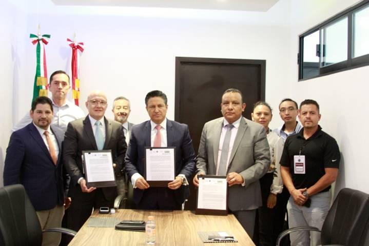 CES y PGJE firman convenio de colaboración en estrategias de prevención con casa de empeño