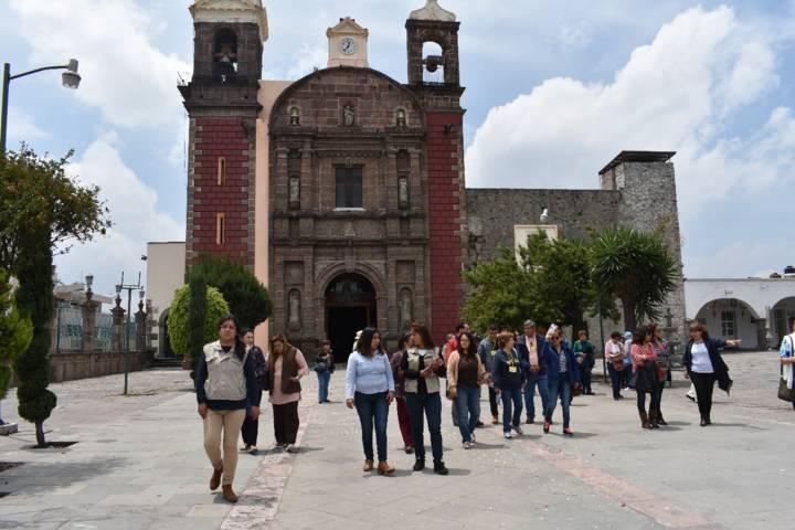 Turistas conocedores de Pueblos Mágicos llegaron a conocer las tradiciones de Zacatelco