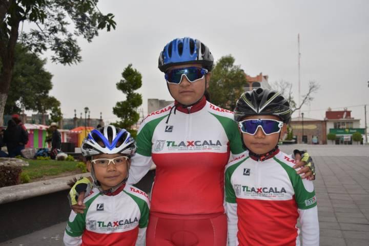 TOA impulsa el deporte apoyando a Cometas Kids al nacional de ciclismo
