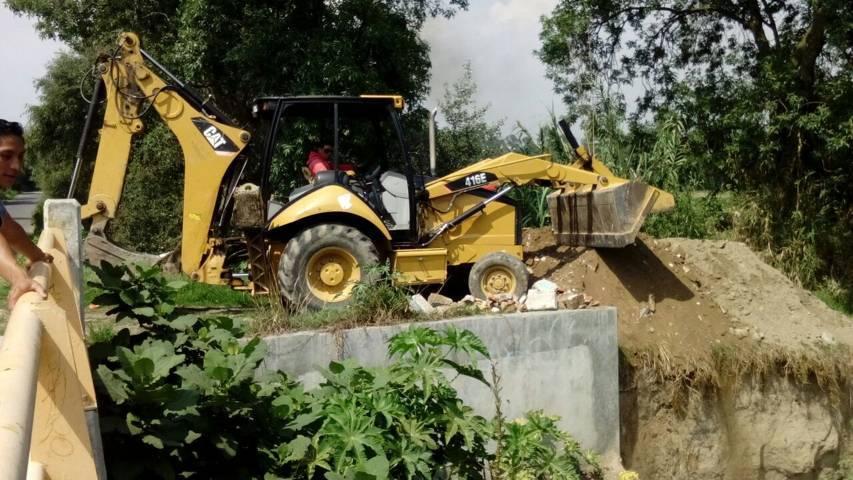 Conagua y Ayuntamiento realizan acciones preventivas en el rio Zahuapan