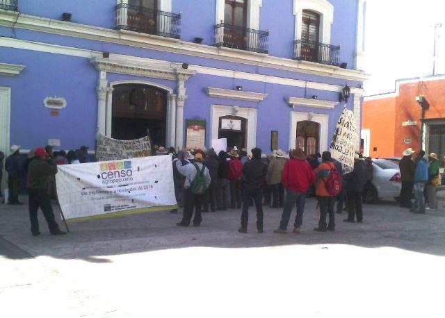 Se manifiestan ejidatarios en Huamantla por límites territoriales