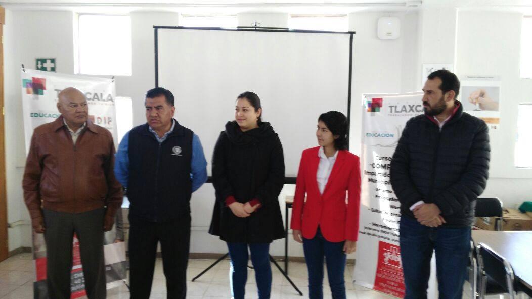 Inició Ayto de Tlaxcala e Ibero curso de computación a mujeres