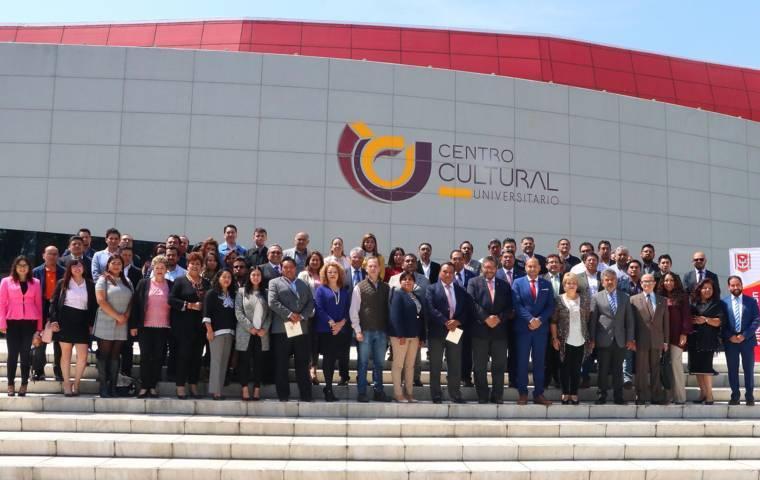 Refuerza la UATx vínculos con empresarios de Tlaxcala