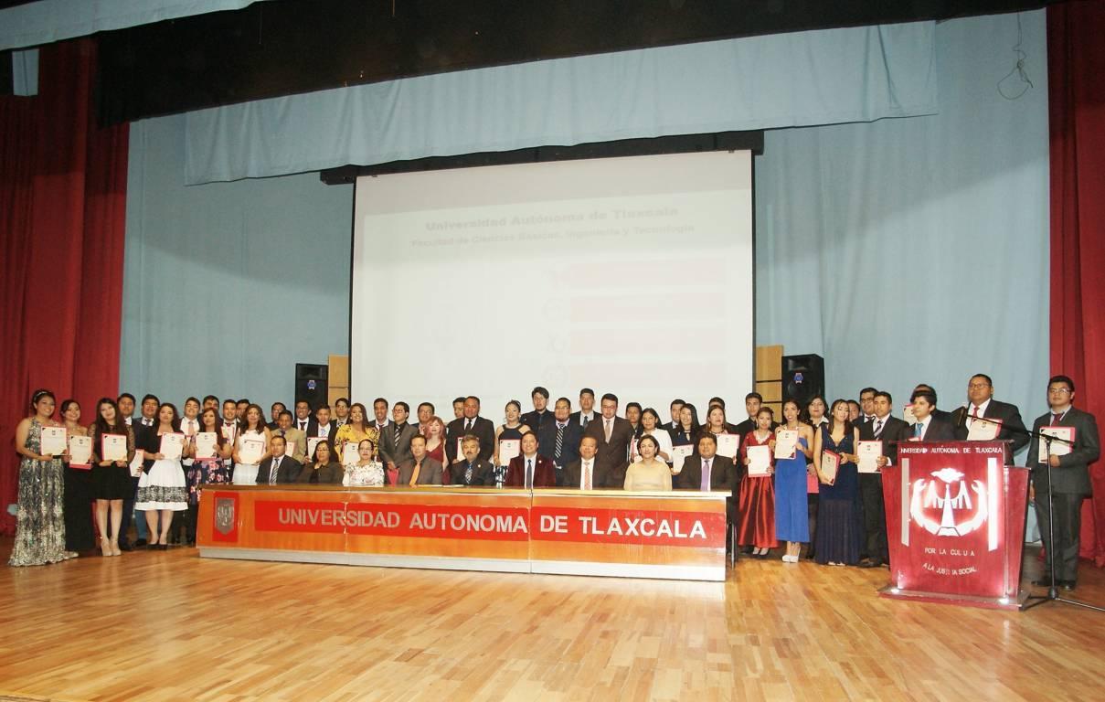 Culminan estudios alumnos de la Facultad de Ciencias Básicas, Ingeniería y Tecnología de la UATx