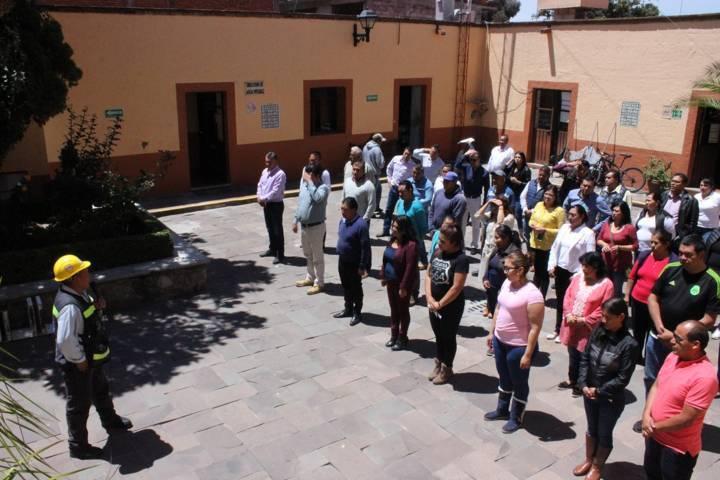 Realizan simulacro de sismo nacional 2018 en Apetatitlán