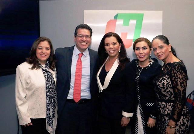 Mena acudió a la posesión de Fayad como gobernador de Hidalgo