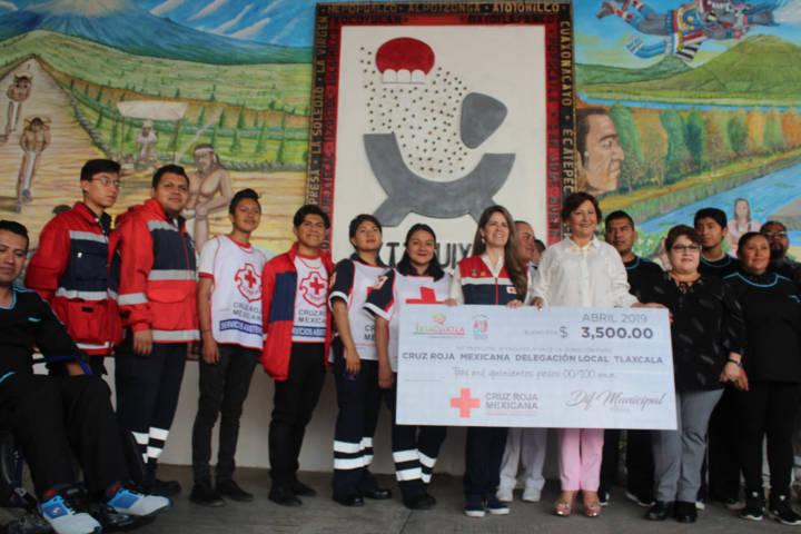 El DIF municipal de Ixtacuixtla se suma a la colecta nacional de la Cruz Roja