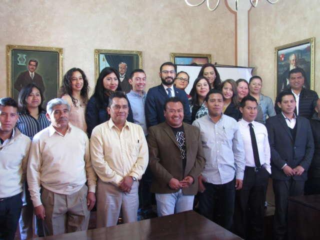 Embajada de EUA presenta en Tlaxcala programa de becas Jóvenes en Acción
