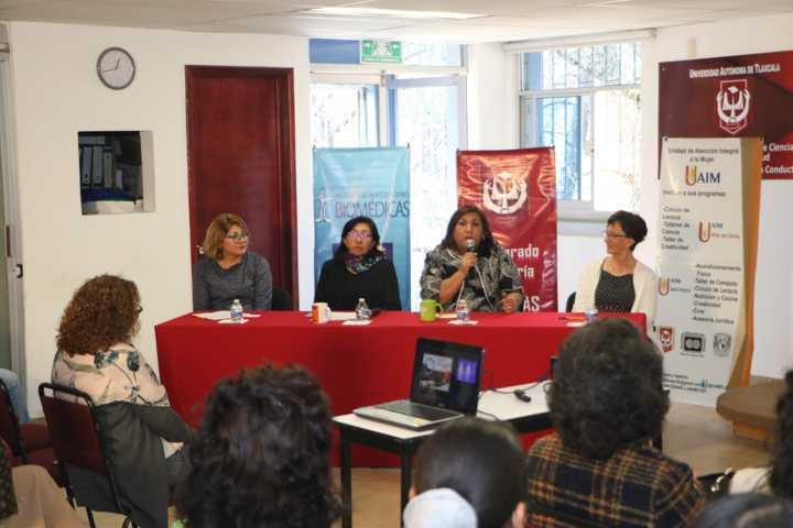 Con actividad científica el CTBC de la UATx celebra el día de la mujer