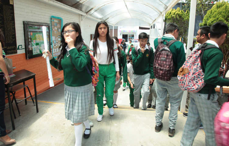 Regresan a clases 377 mil 928 alumnos: SEPE