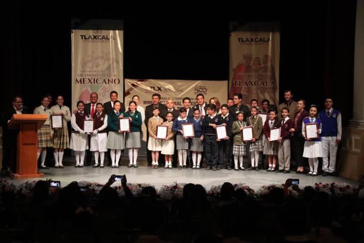 Celebra SEPE concurso estatal de interpretación de himnos nacional y de Tlaxcala