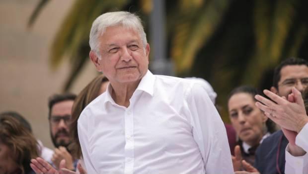 Sí queremos la reforma educativa, dicen padres de familia a López Obrador