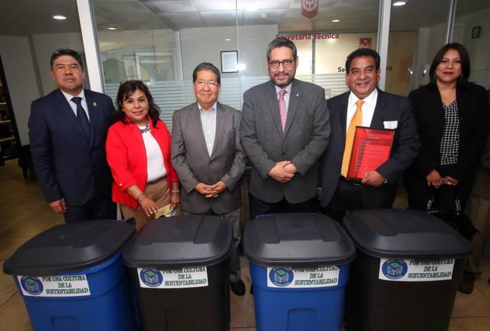 Concientizar a la comunidad estudiantil y académica en el cuidado ambiental: UAT