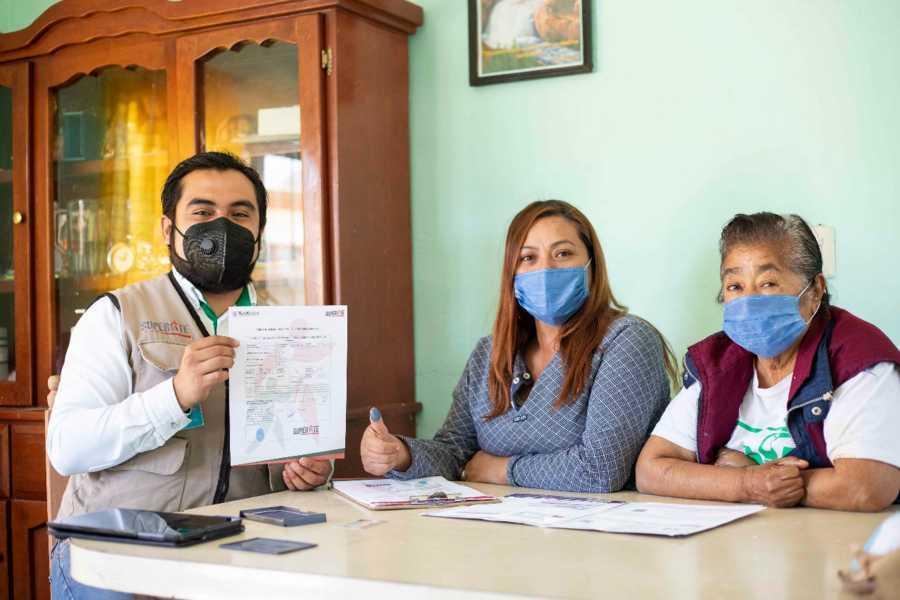 Realiza SUPÉRATE afiliación de familias en pobreza extrema de Cuaxomulco