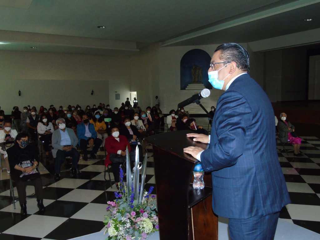 Reconoce SESA labor de 240 trabajadores por años de servicio