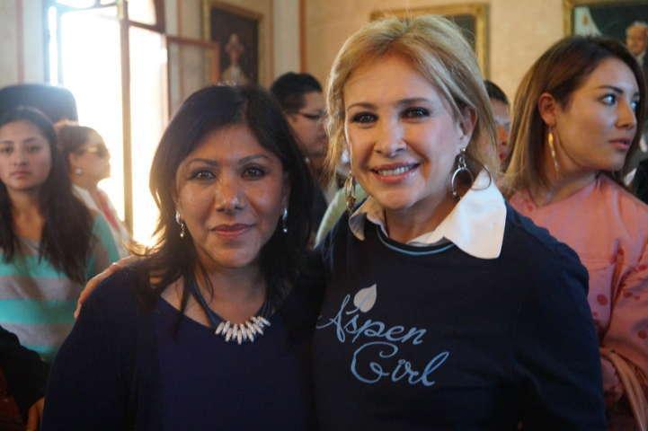"""Dicta conferencia Gabriela Sodi """"El empoderamiento de la mujer en el arte"""""""