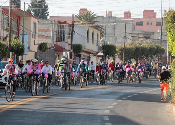 Conmemora la UATx el Día Internacional de la Mujer con paseo ciclista