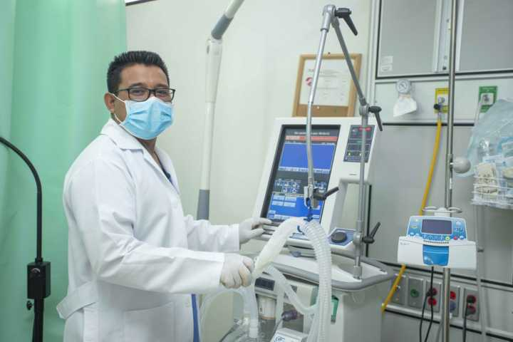Personal médico de SESA fortalece conocimientos para detectar casos de Covid-19