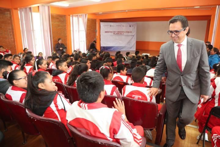 Suman SEPE y CES esfuerzos para que alumnos mejoren su ciberseguridad