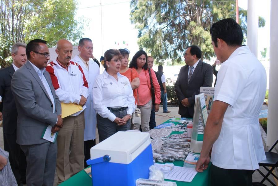 Los jóvenes son compromiso y esperanza: Muñoz