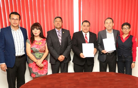 Egresados de la UAT resolverán problemas en Apetatitlán