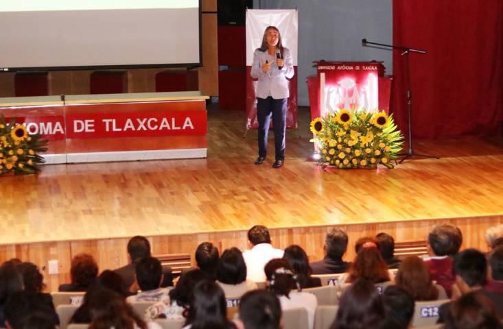 Reflexionaron en la UATx sobre la sustentabilidad ambiental y el bienestar en México
