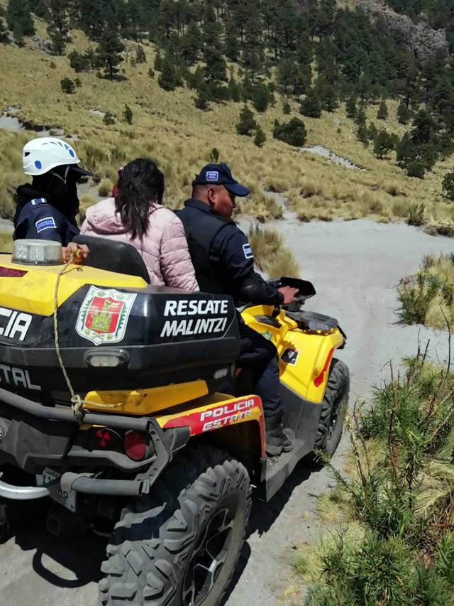 Policía de montaña auxilia a una menor en el Parque Nacional La Malinche