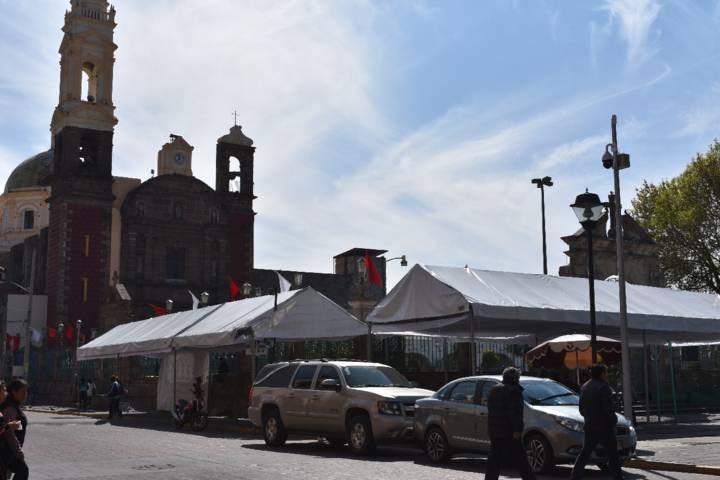 Fiscal de Zacatelco por sus pistolas desobedece mandato del INAH