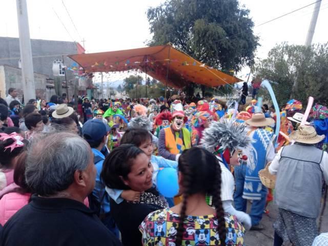 Espectacular remate de carnaval en Xaloztoc reunió a más de 2 mil personas