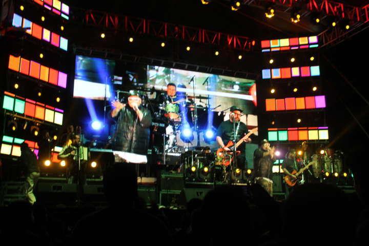 Vibra Papalotla en concierto de cierre de feria 2016