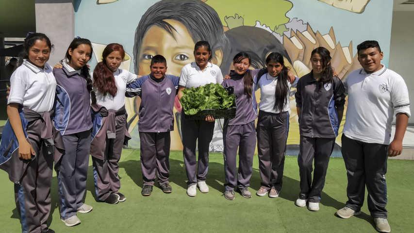 Alumnos de la Telesecundaria Quetzalcoapan promueven valores ecológicos
