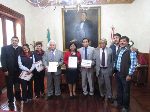 Firman Ayuntamiento de Tlaxcala y UPAEP convenio de colaboración