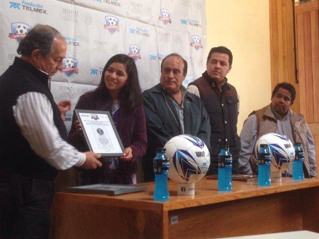 Reconoce organización de Copa Telmex de futbol trabajo de Tlaxcala en este torneo