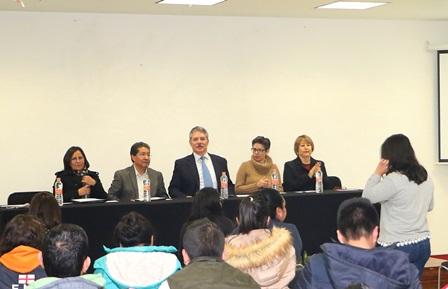 Disertaron en la UAT sobre Sociología y Democracia