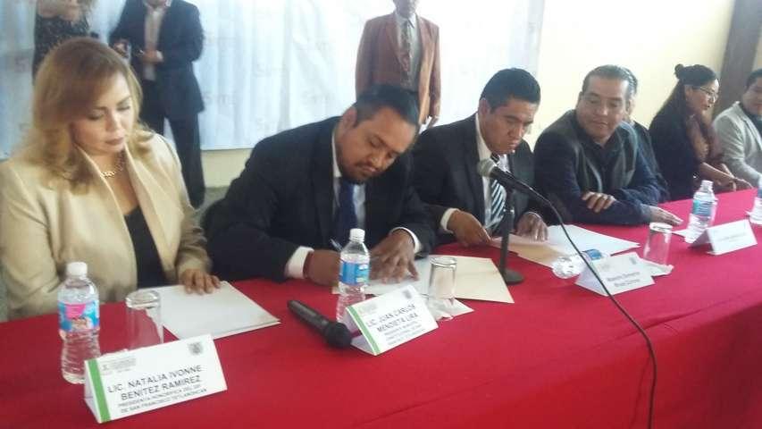 La educación es primordial para el desarrollo del municipio: alcalde