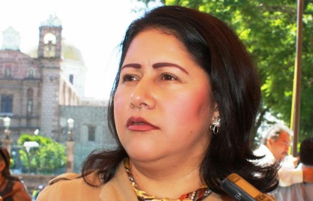 """Reta Blanca Águila a Marco Mena """"que no le busque"""""""