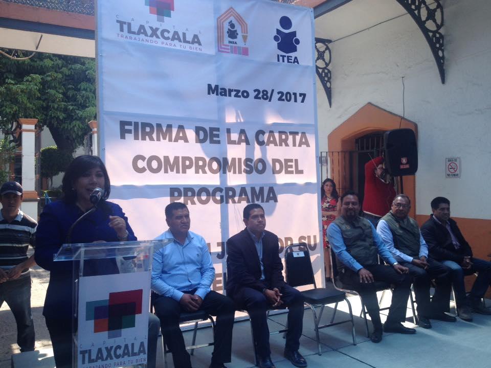 """Entregan certificados y firma de convenio """"El buen juez por su casa empieza"""" en la capital"""