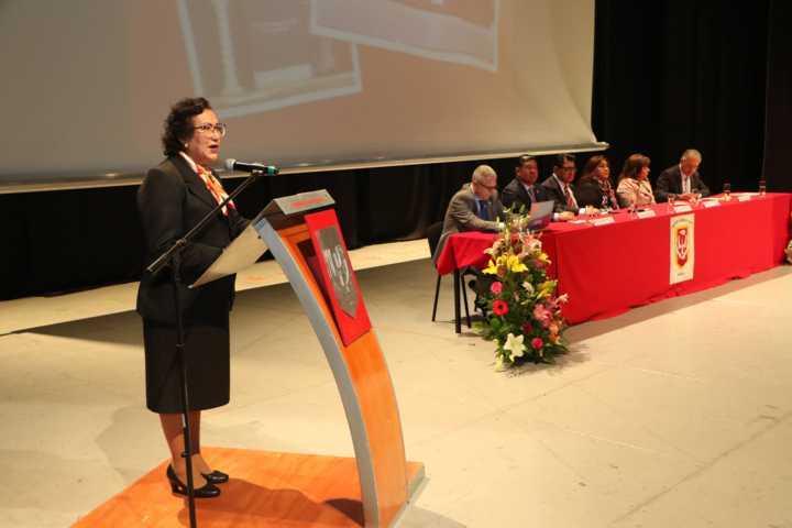 Celebra UATx 25 años de enseñanza médica