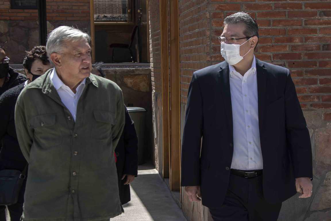 AMLO y Marco Mena inauguran primera etapa de Universidad Benito Juárez en Xaltocan