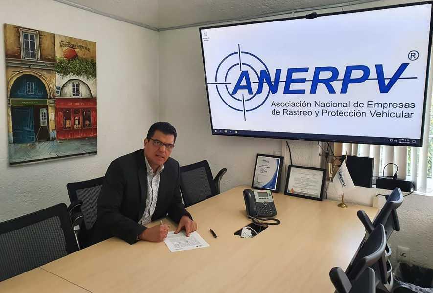 La SSC y la ANERPV firman convenio de colaboración para el combate al robo de vehículos